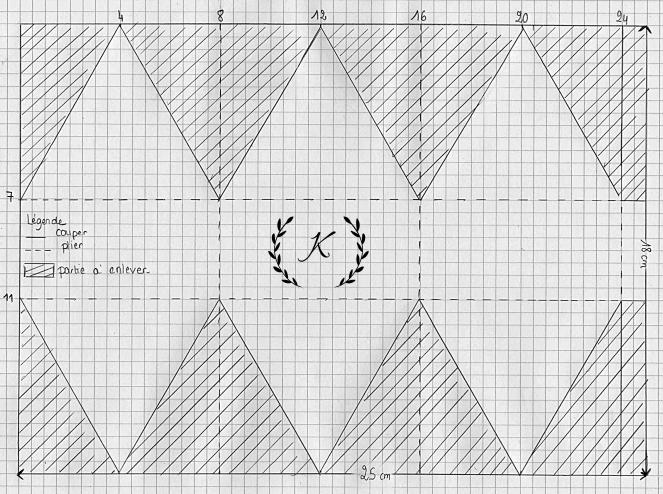 boite triangle 001.jpg